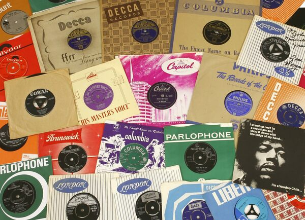 For Sale 40 Years Of Vinyl Singles That Topped The