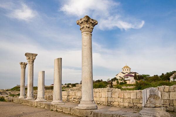 Ill-Gotten Treasures of Ancient Crimea
