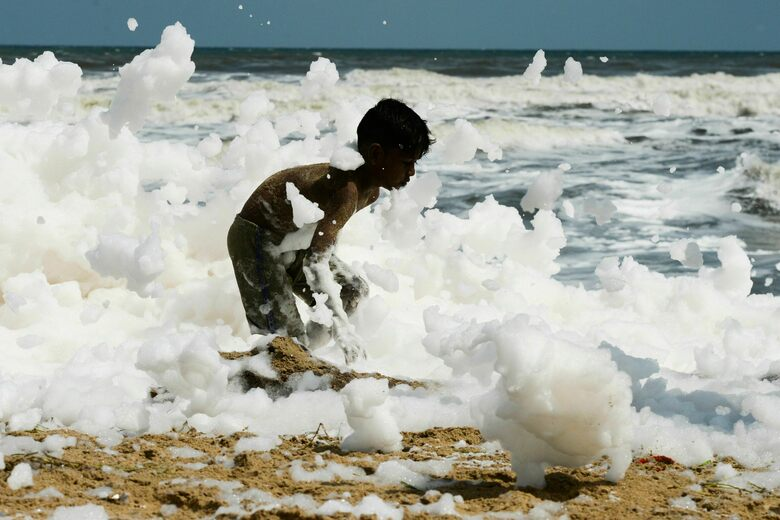How Frothy Waves of Sea Foam Coated the Coast of Chennai