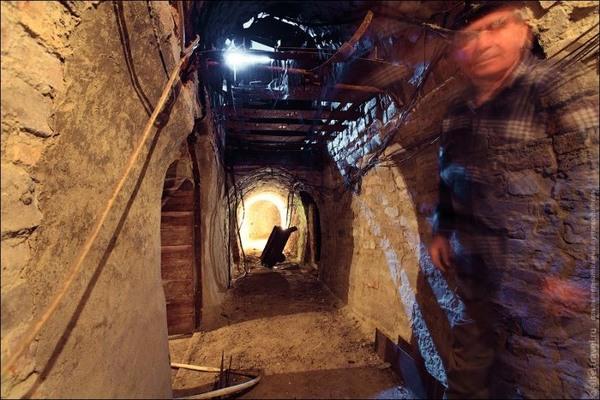 Subterranean Secrets Moscow S Metro 2 And The Diy Subway