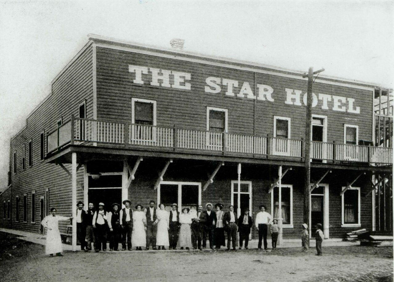 The Star Hotel around 1910.