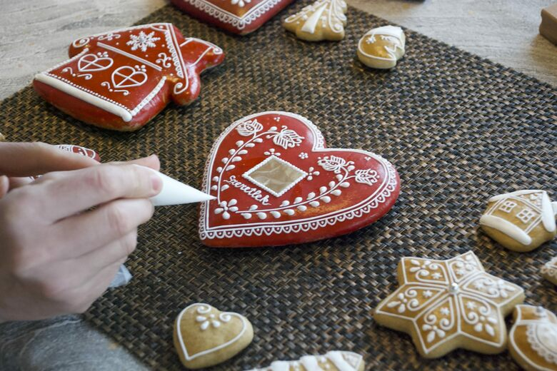 Why Hungarians Make The World S Most Beautiful Gingerbread Gastro