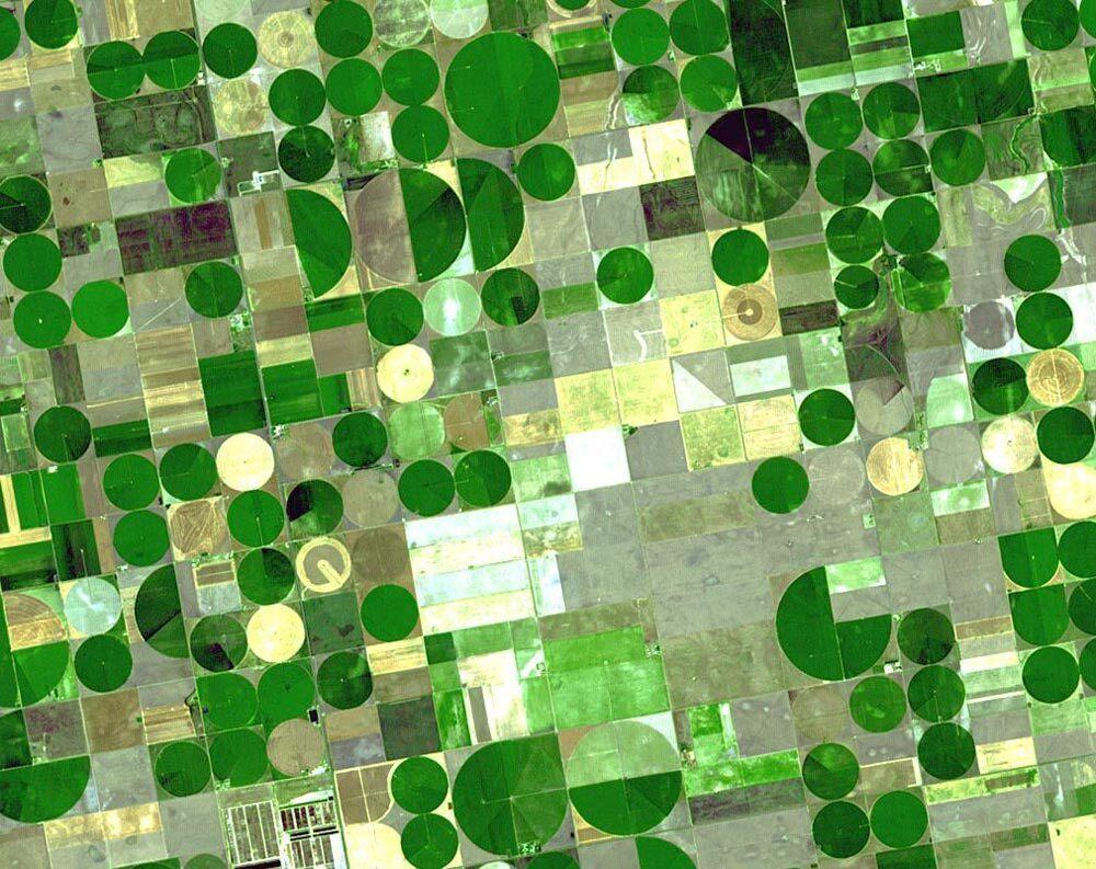 Center-pivot irrigation observed from above Finney County, Kansas.