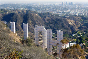 A Hike to the Hollywood Sign, a Temporary Landmark That Became an Icon