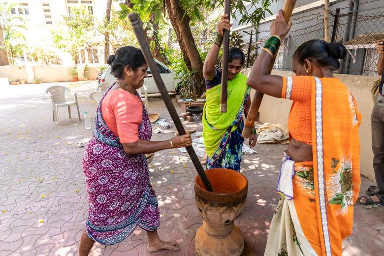 How Mumbai's Masalawaalis Make a Single Spice From 30 Ingredients