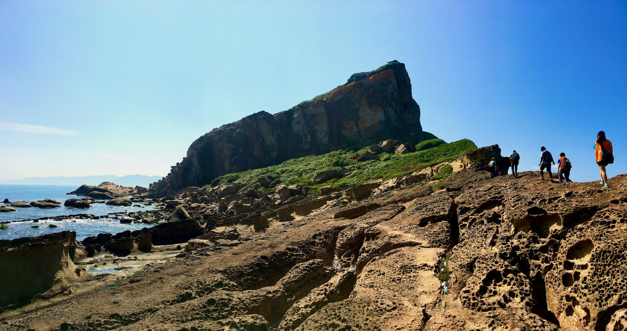 Today, Yehliu Geopark looks out over the water. Millions of years ago, the burrows were underwater lairs.