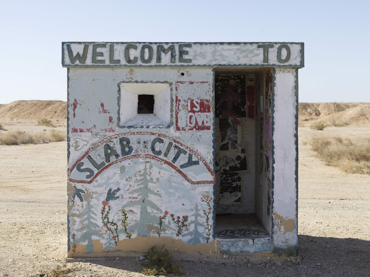 On the perimeter of Slab City.