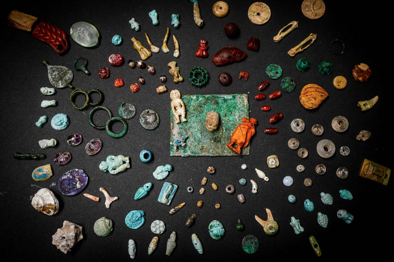The gems and figures were found in the remains of a villa in Pompeii.