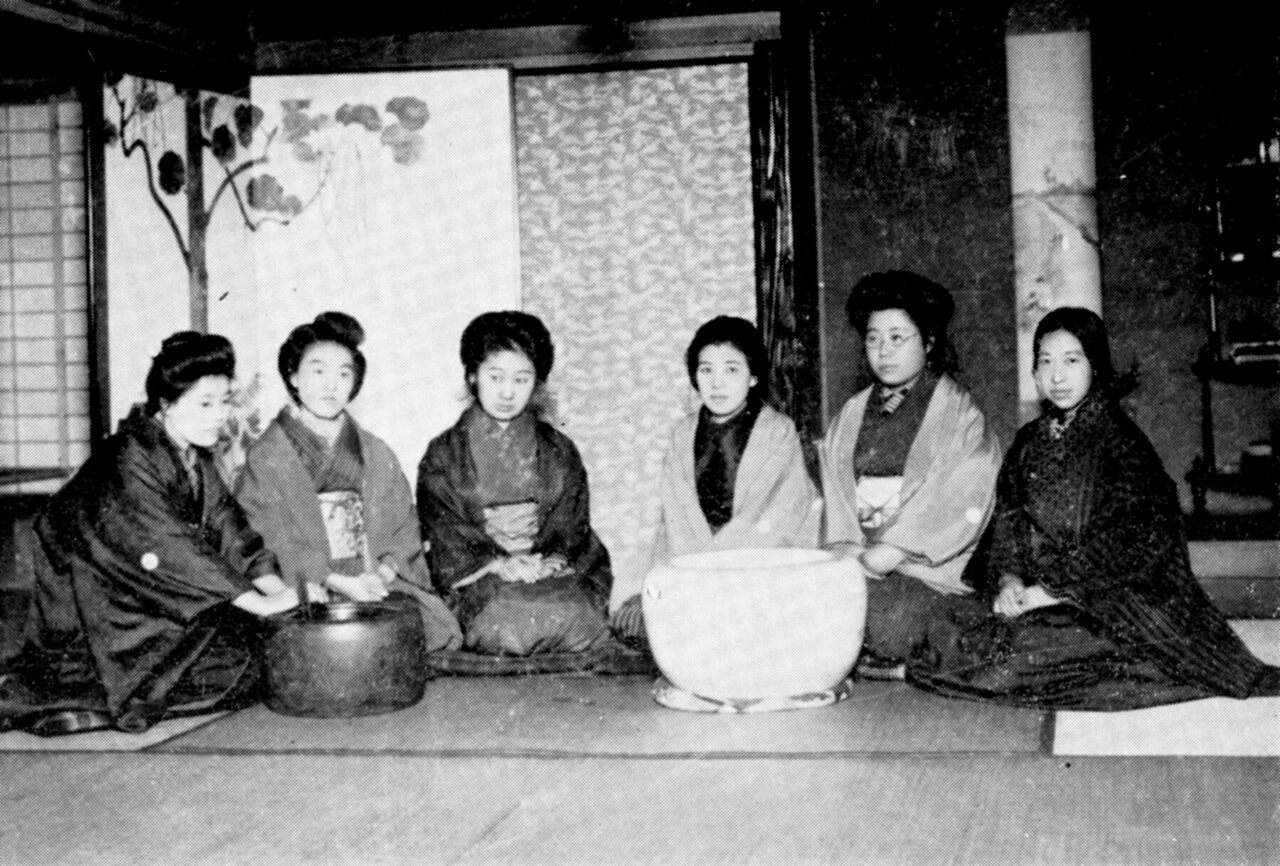 The <em>Seitō</em> women at a New Year's party in 1912.