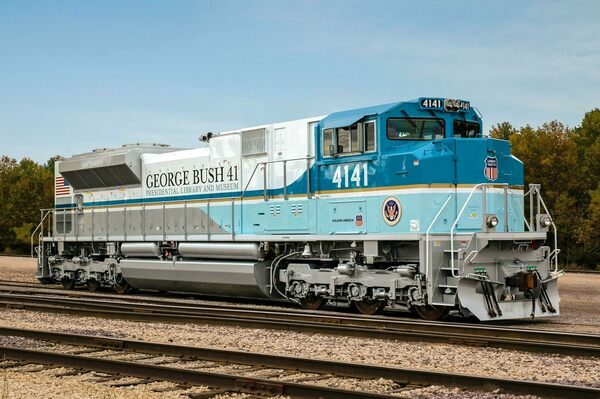 George H.W. Bush's Funeral Train Revives a Lost Tradition