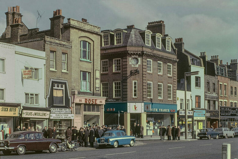 Unseen 1960s Photos of London's East End