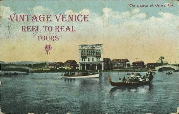 Pre-1923 postcard from my collection. Public domain.