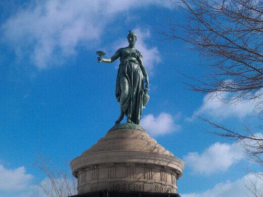 Rosenberg Statue