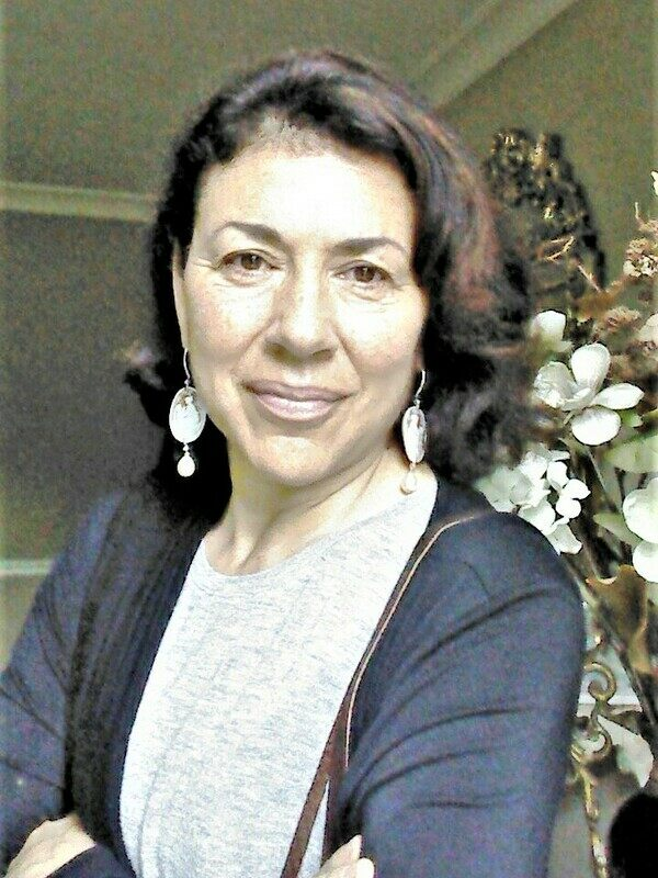 Guide Deborah Zelcer.