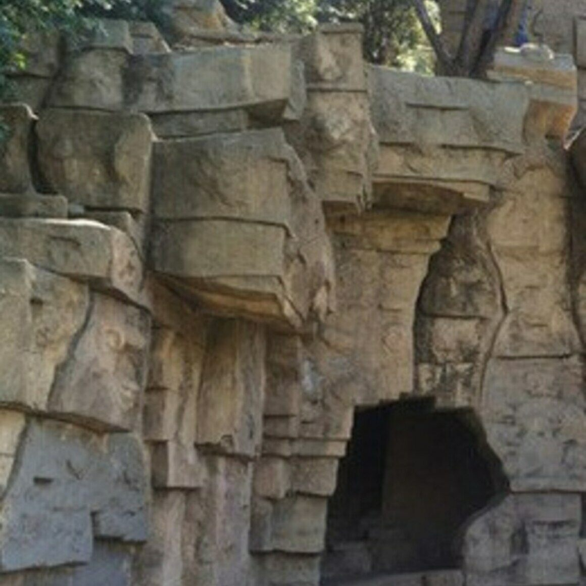 The Abandoned Zoo Ruins Of Griffith Park