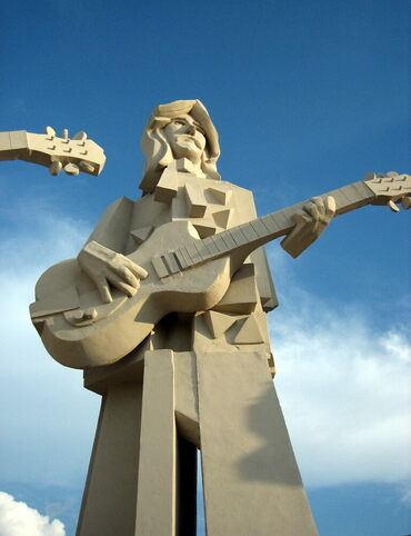 One of Houston's four giant concrete Beatles.