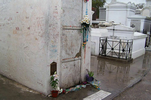 Marie Laveau's Tomb – New Orleans, Louisiana - Atlas Obscura