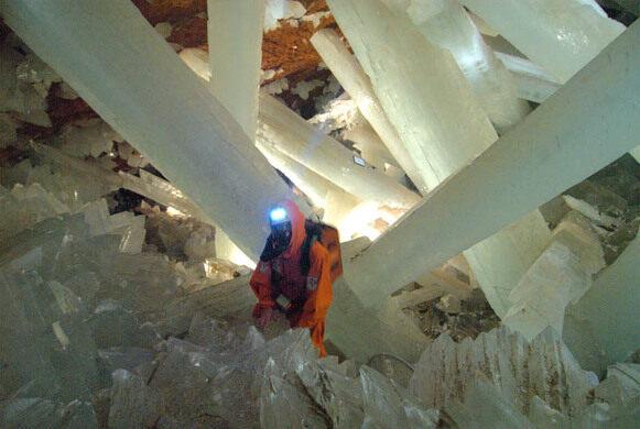 Giant Crystals of Naica – Naica, Mexico - Atlas Obscura