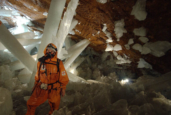 giant crystals of naica naica mexico atlas obscura