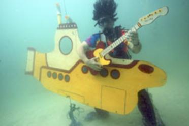 Reef rocker shredding in the Yellow Submarine.