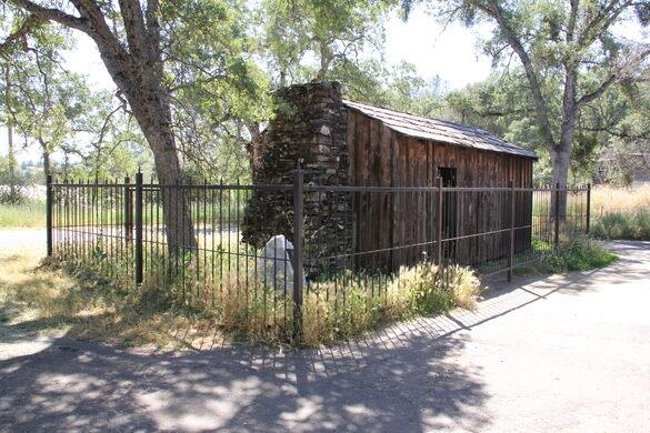 Mark Twain's Cabin – Sonora, California - Atlas Obscura