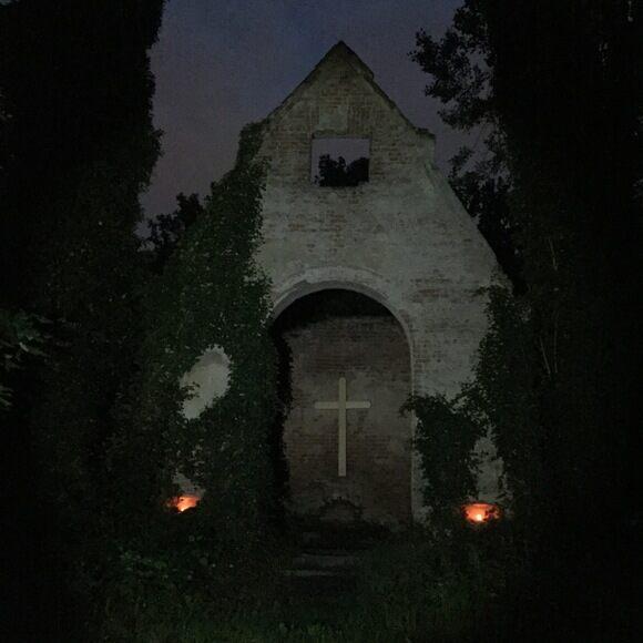Bohnický Hřbitov Cemetery