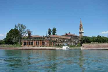 The Poveglia hospital.