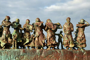 """Detail of """"Widows and Bairns"""" at Eyemouth."""
