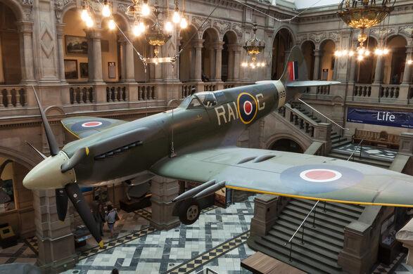 Spitfire LA198 – Glasgow, Scotland - Atlas Obscura
