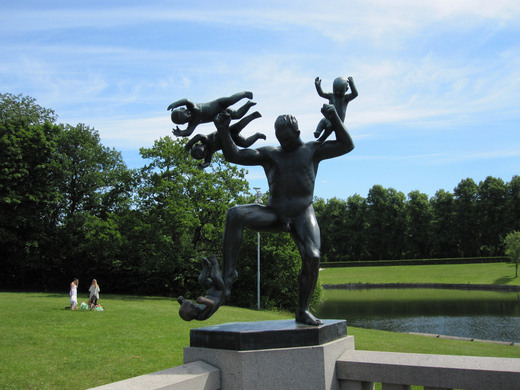 frogner park 39 s vigeland sculpture arrangement oslo norway atlas obscura. Black Bedroom Furniture Sets. Home Design Ideas