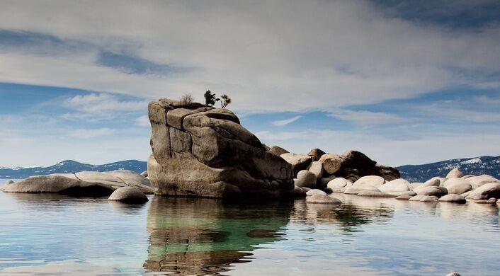 Bonsai Rock Lake Tahoe Washoe County Nevada Atlas Obscura