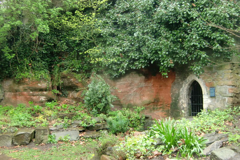 Hermit's Cave and Quaker Burial Ground