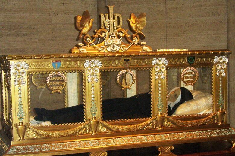 The Not-Quite Incorruptible St. Bernadette of Lourdes – Nevers, France -  Atlas Obscura
