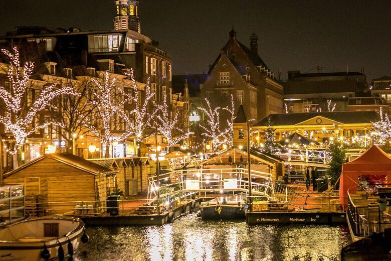 Leiden's Floating Christmas Market