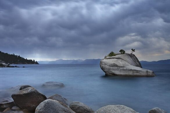 Bonsai Rock Lake Tahoe Washoe County Nevada Atlas Obscura