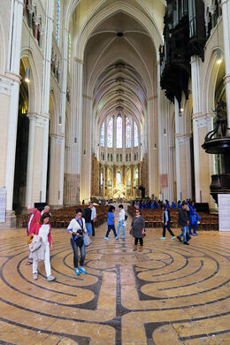 Great Gothic Cathedrals of France: A Visitor's Guide