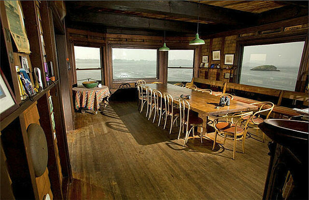 the interior with views of the atlantic ocean b1ue5kyflickr httpwwwflickrcomphotosb1ue5ky37466 - Clingstone Narragansett Bay