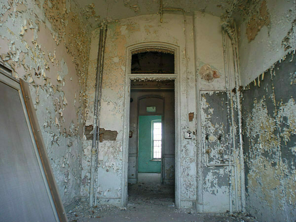 Italian Food Near Me Abandone Building Casa: Willard Asylum For The Chronic Insane