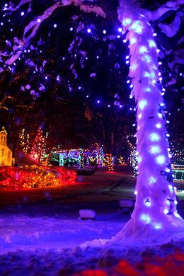 andrea paulseth - Lights For Christmas Village