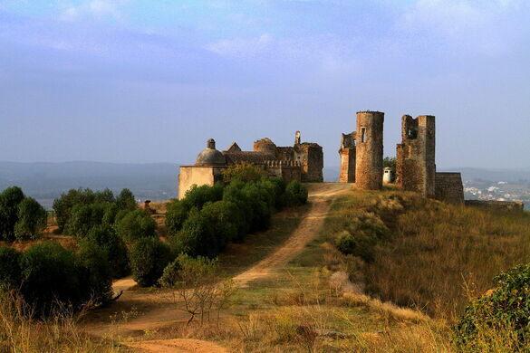 Montemor-o-Novo Castle