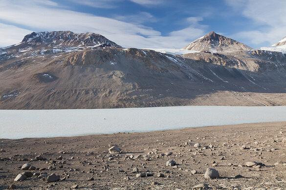 McMurdo Dry Valleys – Antarctica - Atlas Obscura