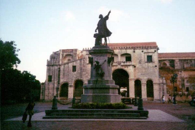 Alcantarilla Colonial Colonial Sewers Santo Domingo Dominican