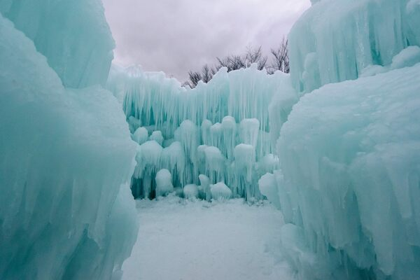 Ice Castles Lincoln New Hampshire Atlas Obscura
