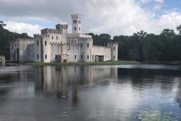 Craig-E-Clair Castle – Roscoe, New York - Atlas Obscura