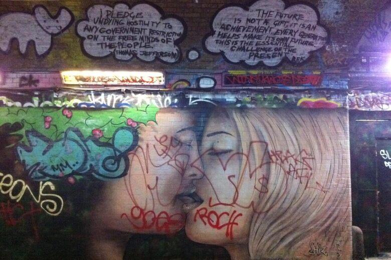 Leake Street Graffiti Tunnel – London, England - Atlas Obscura