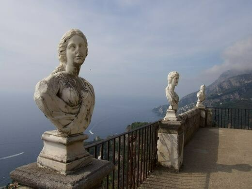 Terrace of infinity at villa cimbrone ravello italy for Terrace of infinity