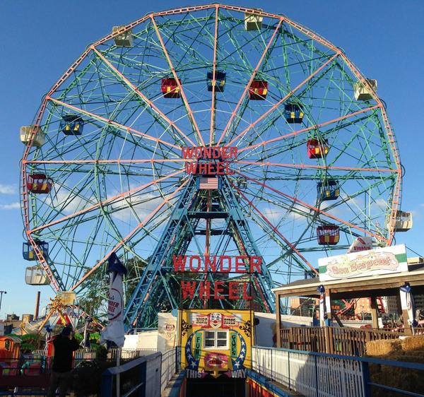 Deno's Wonder Wheel – Brooklyn, New York