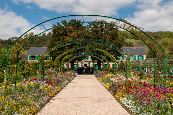 Claude Monet House and Gardens – Giverny, France - Atlas Obscura