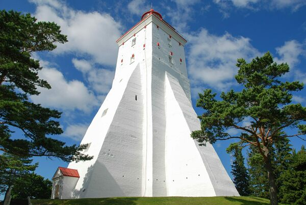 In the 16th century, the  construction of a warning marker for risky and shallow watersaround the island of Hiiumaa was ordered by the Hanseatic Lea