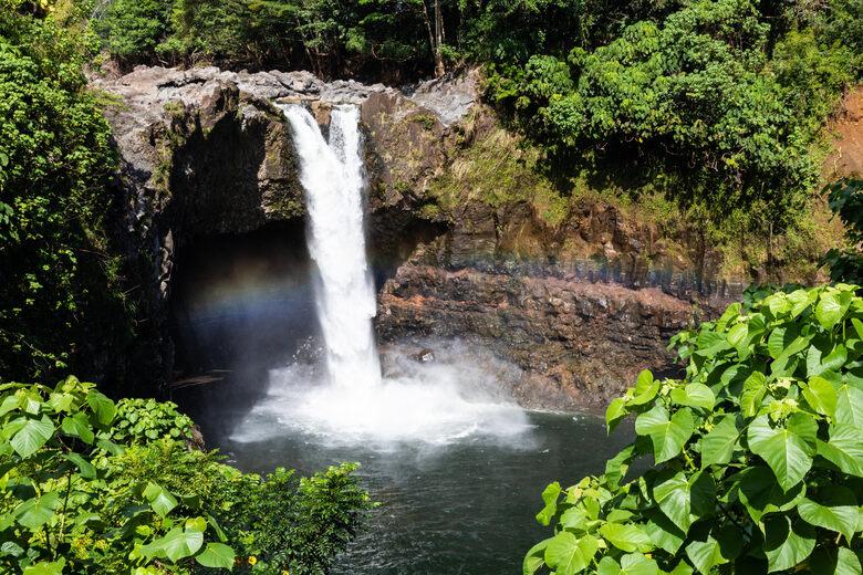 Waiānuenue (Rainbow Falls)